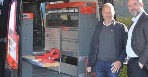 BILINNREDNING: Produktsjef Bjørn Engh (t.v) og salgssjef Knut Johansen, i Würth Norge.