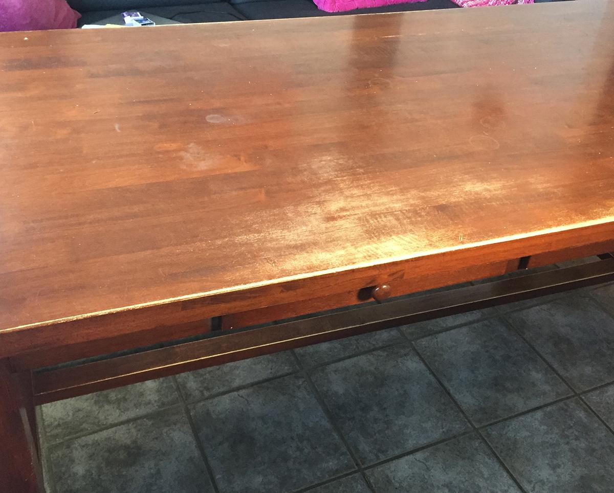Halvgammelt spisebord ble nytt og unikt med gjenbruk