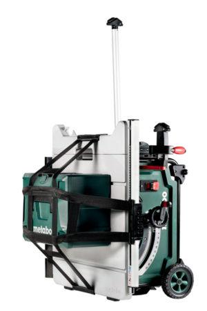 Metabo TS254 bordsag med uttrekkbart transporthåndtak og MetaLoc festereim for å ta med annet utstyr.