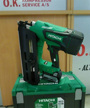 Hitachi NR1890 spikerpistol hos forhandler.