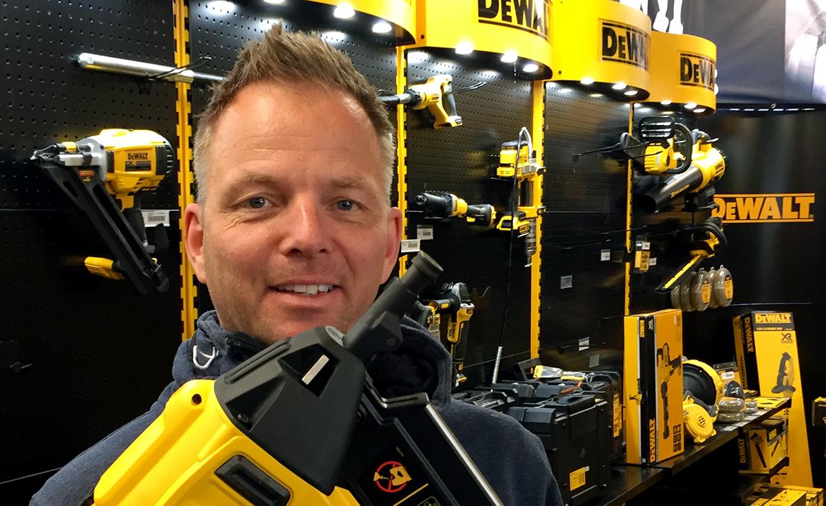 52812a916 Kjører Norge på langs med trailer full av Dewalt batteriverktøy ...
