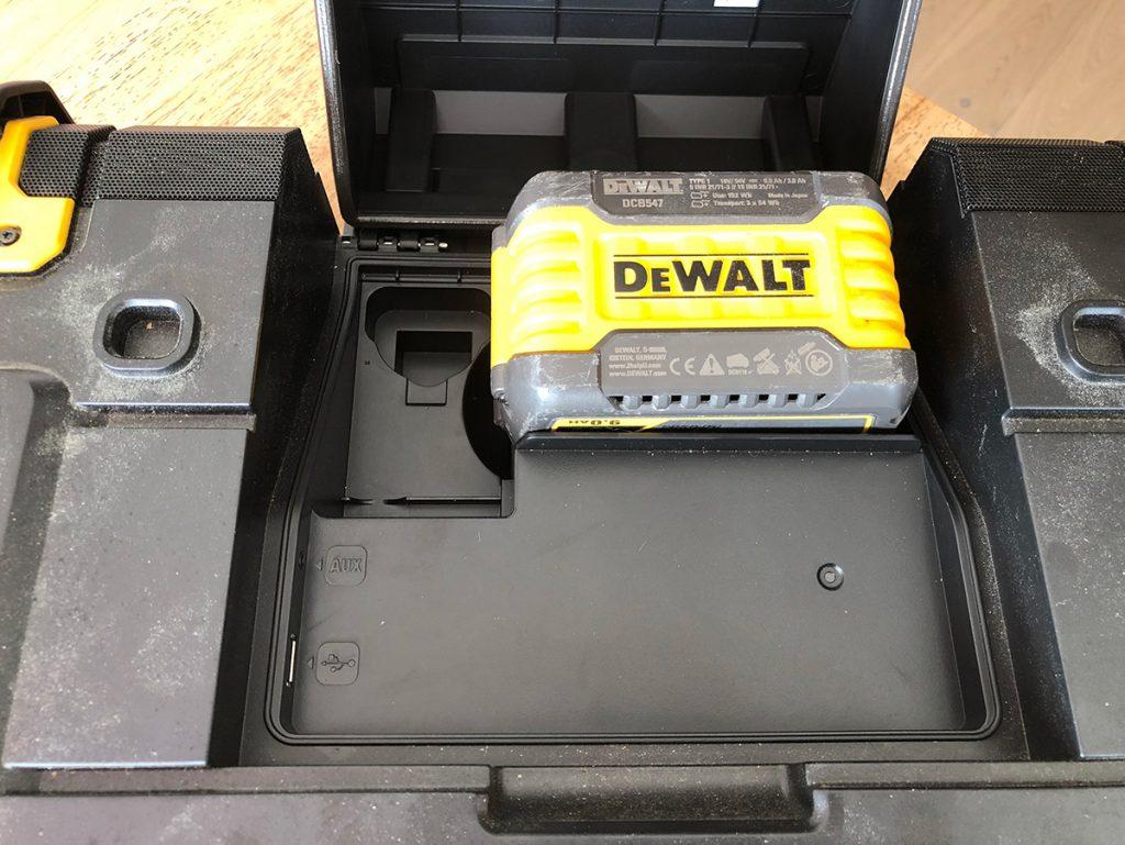 Dewalt DWST1 radio med 9Ah Flexvolt batteri