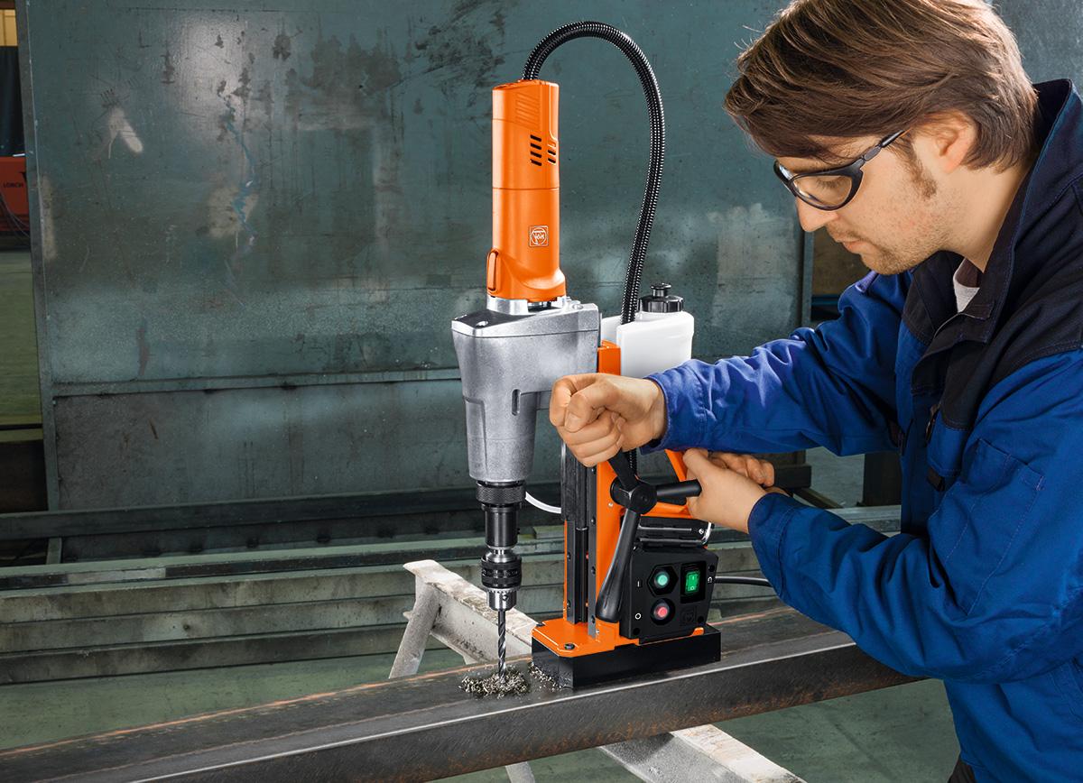 Fein KBE, rimelige basismaskiner for manuell kjerneboring i stål.