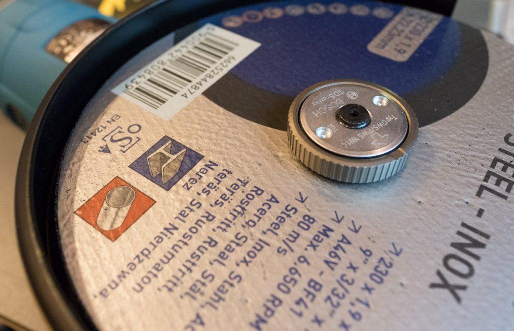 Bosch SDS Clic. Universal låsemutter M14 til vinkesliper.