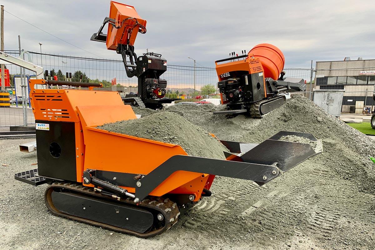 BOB SF 650 er både selvkjørende betongblander og minidumper med høy tipp
