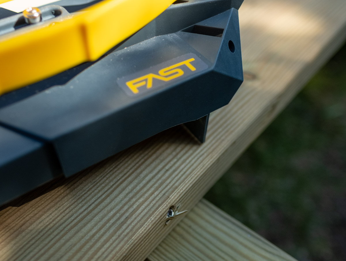 Fast decking tool