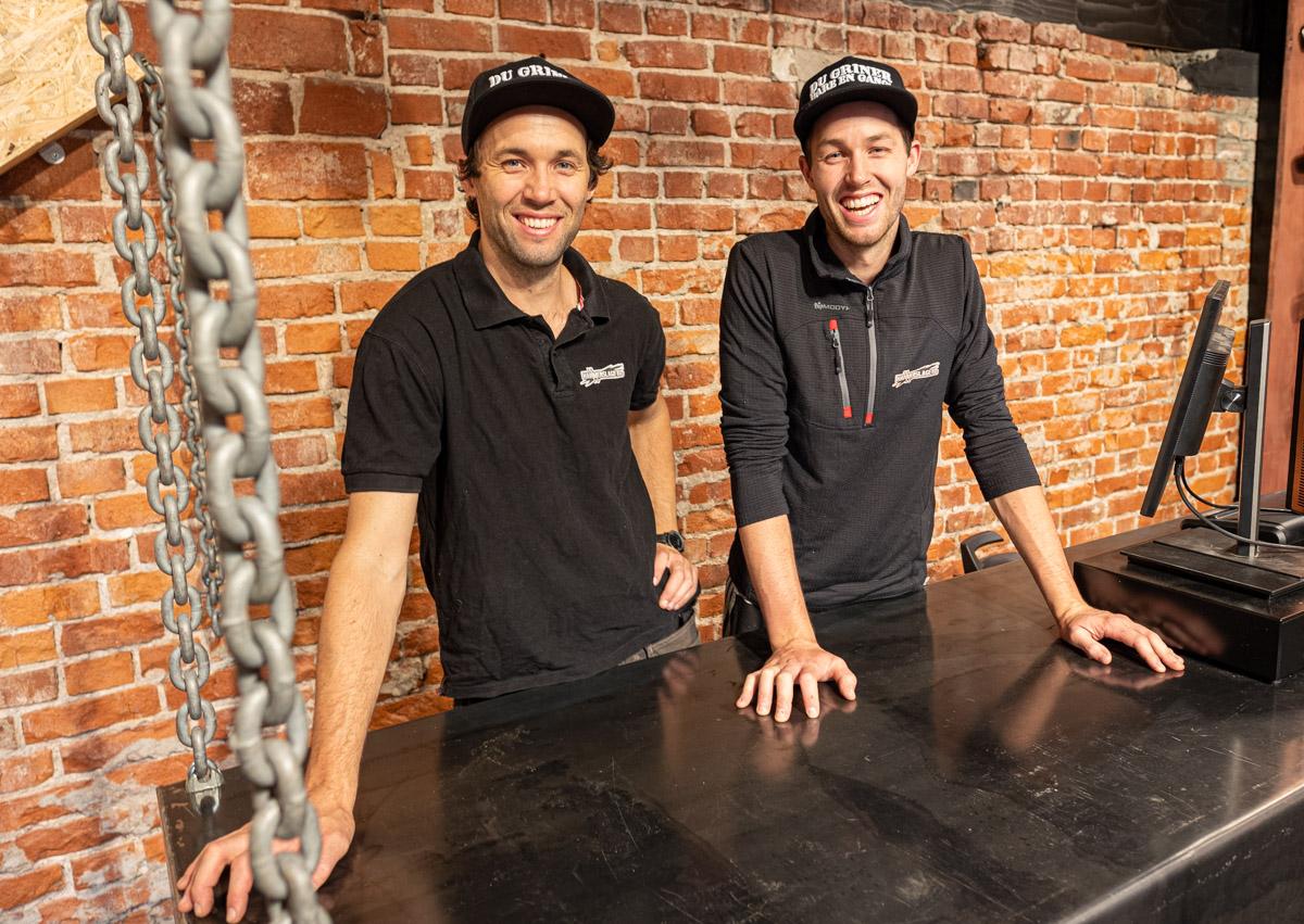 Kristian (t.v.) og Karl Oskar Youngblom i Hammerslaget AS.