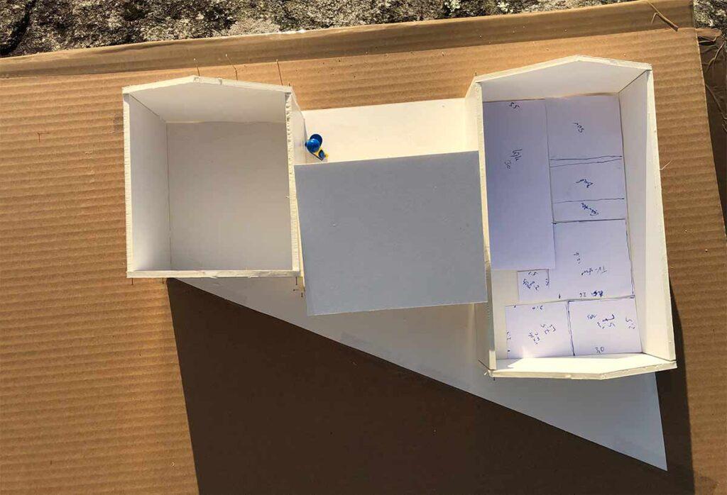 H22 - husmodell og planskisse i foamboard
