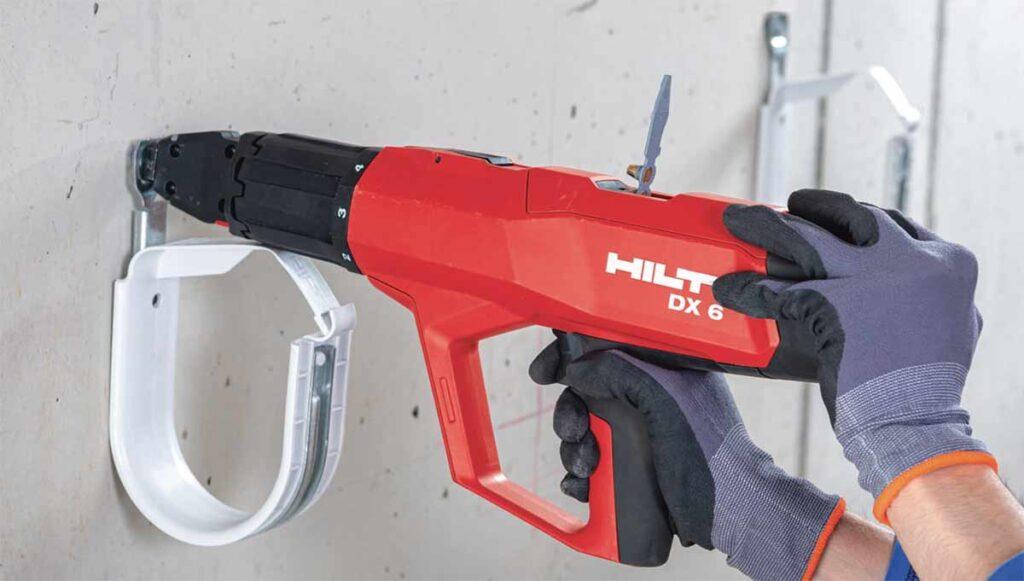 Hilti DX 6 boltepistol fester rørklammer i betong