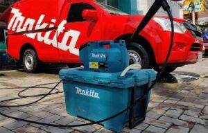 Makita DHW080 høytrykksvasker med vanntank