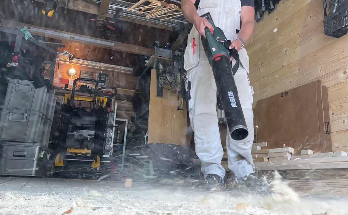 Løvblåser – allsidig rengjøringsmaskin