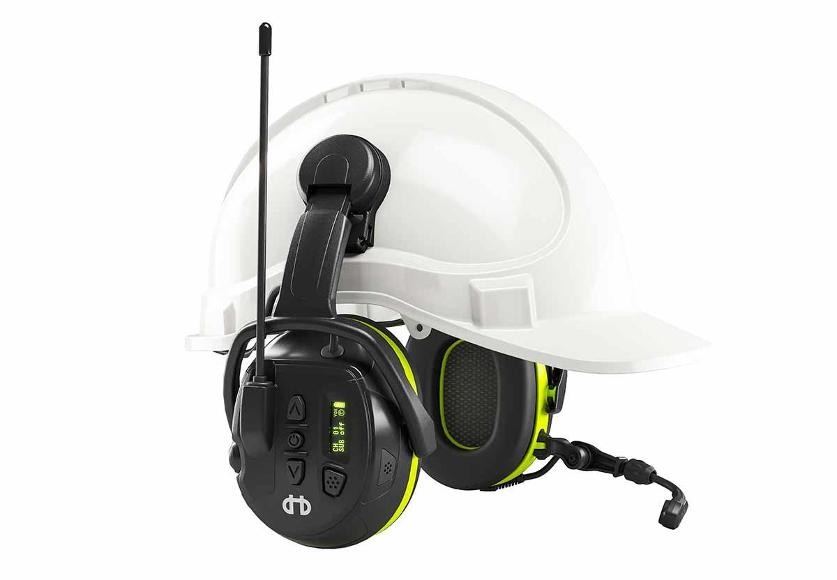 Hjelm med hørselvern